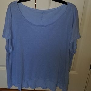 Eileen Fisher light blue 100% linen top. Size XL.